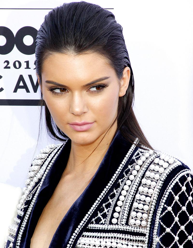 Kendall Jenner i kavaj